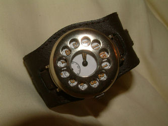 Garlick watch2 (18K)