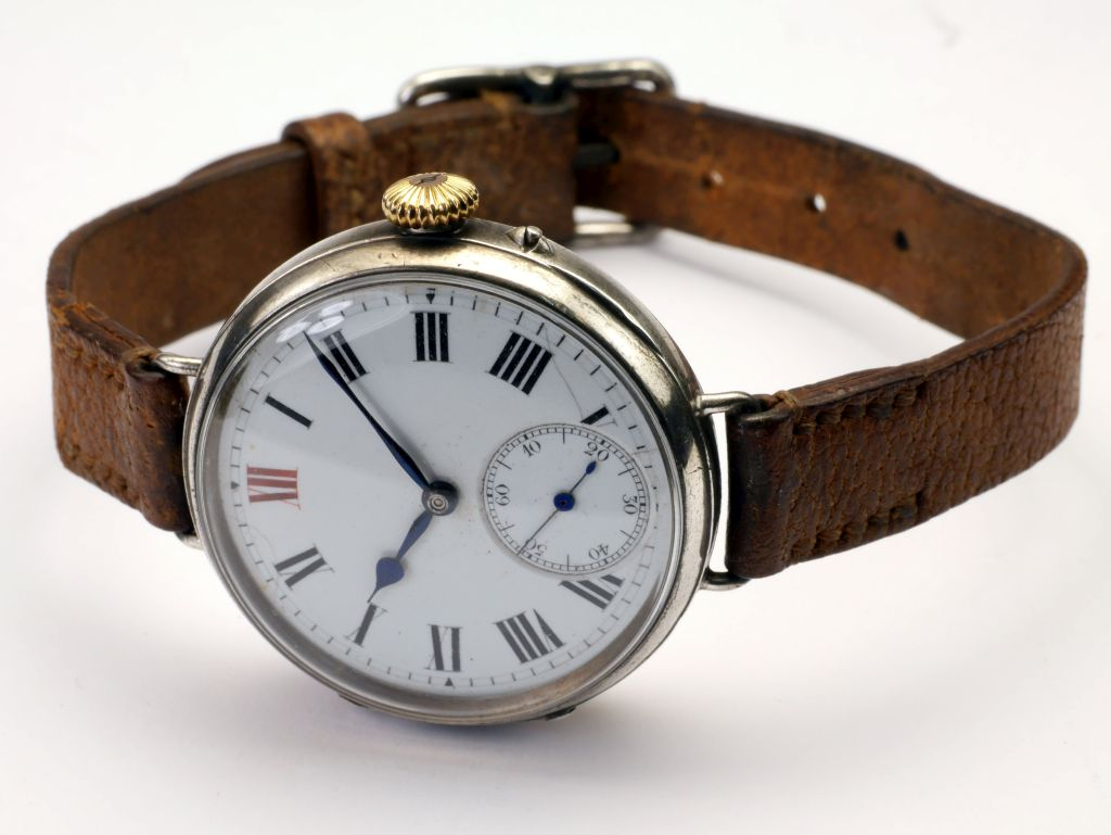 Rotherhams English Wristwatch 1914